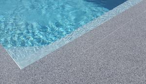 moquette de pierre piscine